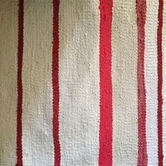 Írtam már itt a blogban, hogy a varrás mellet szőni is nagyon szeretek. Ez a tevékenységem akkor teljesedett ki igazán, mikor kaptam egy szövőállványt (addig csak keretem volt). A fonal az kinőtt, … Handmade Rugs, Weaving, Quilts, Blanket, Blog, Quilt Sets, Quilt, Knitting, Rug