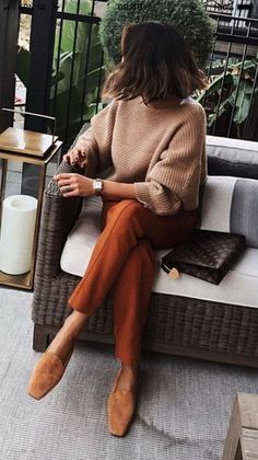 GOOISCH ⍟ Outfit | Brown | Knit | Pantalon | Inspiratie | Ideas