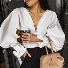 Best Spring Outfits Casual Part 13 Fashion Details, Look Fashion, Fashion Tips, Fashion Design, Womens Fashion, Fall Fashion, Fashion Websites, 70s Fashion, Korean Fashion