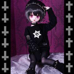 Anime Dolls, Bjd Dolls, Beautiful Gif, Beautiful Dolls, Stick Figure Drawing, My Moon And Stars, Cute Fantasy Creatures, Kawaii Doll, Gothic Anime