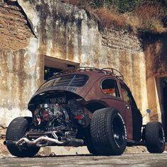 #empi #kafer #vocho #volks #vosvos #fusca #bug #beetle #vwvocho #vwfusca #aircooled #vwbeetle #vwbug #fuscaopreto #oldcars #amazingcars #choraboy #aquiefusca #picofthenight #instapic #cars #ragtop #rust #rusty #ratlook
