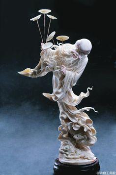 W u X i a — @sk糖王周毅 : Pumpkin and taro's grandfather carved