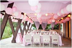Pink and white wedding celebrations  | Photography © Caught the Light via French Wedding Style
