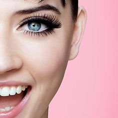 Some of us feel bare without applying mascara on our lashes before leaving our houses. Mascara adds a dramatic effect on your whole look that applying this alon Makeup Tips, Beauty Makeup, Eye Makeup, Hair Makeup, Hair Beauty, Makeup Tutorials, Top Beauty, Makeup Style, Makeup Products