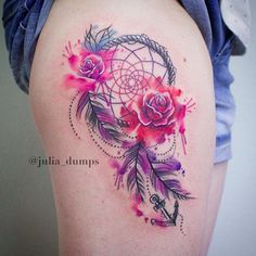 A Dreamcatcher with Anchor. The anchor, the roses and the dreamcatcher collectively makes an amazing dreamcatcher tattoo design that you need to try.