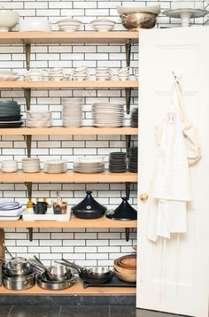 Inside Haven's Kitchen Founder Alison Cayne's Kitchen - Coveteur Kitchen Interior, Kitchen Decor, Kitchen Design, Kitchen Ideas, Kitchen Trends, Making Mattresses, Havens Kitchen, How To Make Pizza, Socialism