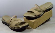 f304493249c Clarks Springer Women s 11 M Tan Brown Suede Open Toe Sandals