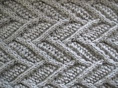 Frosted cowl - interesting knit stitch