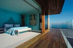 Ellerman House's luxury boutique hotel consists of 13 bedrooms and suites, each offering the best luxury accommodation experience in Cape Town.