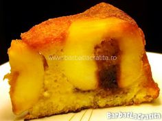 -Apple cake (whole apples)- Upside Down Apple Cake, German Apple Cake, Romanian Food, Romanian Recipes, Cakes And More, Caramel Apples, Cooking Tips, Sweet Tooth, Gem