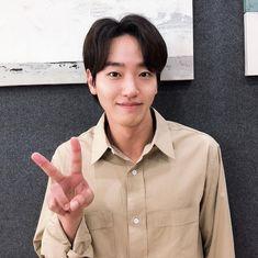 Handsome Korean Actors, Asian Actors, Actors & Actresses, Kdrama, Instagram, Stars, Cute, People, Films