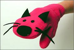 Turn a gently used mitten into a cuddly friend for baby! Sock Crafts, Diy And Crafts, Crafts For Kids, Arts And Crafts, Homemade Puppets, Puppets For Kids, Sock Puppets, Sock Toys, Puppet Making