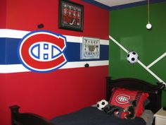ideas for diy dco chambre garcon decoration Diy Apartment Decor, Diy Home Decor, Diy Outdoor Kitchen, Diy Wedding Backdrop, Beauty Salon Decor, Good Day Song, Decoration, Hockey Bedroom, Chambord
