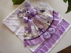 Olá!!! Gente olha que lindas essas toalhinhas de bebê que encontrei na net , que fofinhos esses ursinhos e ursinhas , hum já pensou seu b...