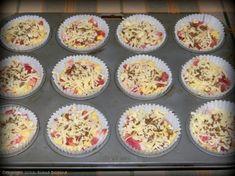 Briose cu bacon si cascaval - MyBisque Bacon, Recipies, Muffin, Breakfast, Food, Recipes, Morning Coffee, Essen, Muffins