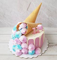 Salmon and mozzarella cake - Clean Eating Snacks Cake Decorating For Beginners, Cake Decorating Techniques, Beautiful Cakes, Amazing Cakes, Girls Party Decorations, Corn Cakes, Funny Cake, My Birthday Cake, Sandwich Cake