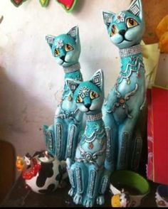 Hermosos Gatos Nuevos En Ceramica Paper Mache Diy, Paper Clay, Paper Art, Polymer Clay Cat, Paper Mache Animals, Clay Cats, Wood Cat, Cat Statue, Small Sculptures