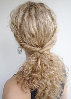 Hairstyles for girls with natural curls - WHERE HAS THIS BEEN AL MY LIFE?!?!?