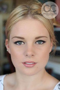 Vintage bridal makeup for blondes
