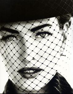 Tatjana Patitz - 1991 - Photo by Ellen von Unwerth