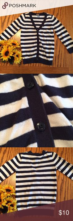 "Old Navy Navy and white striped Cardigan size 3t Excellent condition Old Navy Navy and white striped Cardigan size 3t 18"" long. Cotton. Old Navy Shirts & Tops"