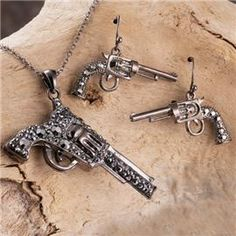 Pistol necklace and earring set! Must have!