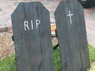 things made with pallets for halloween