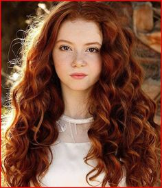 Best Redhead Hairstyles for 2019 - Best Short Haircuts 2019 Bright Red Hair, Hair Color Dark, Redhead Hairstyles, Beautiful Red Hair, Stunning Redhead, Pretty Hair, Natural Red Hair, Strawberry Blonde Hair, Best Short Haircuts