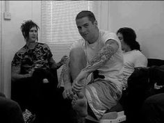 The Rev, M Shadows, & Synyster Gateslol the look on Jimmys face!
