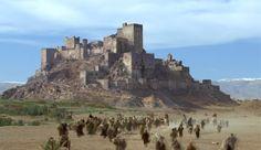 Enquanto os cidadãos buscavam refúgio nos muros do reino, Balduíno IV e seu exército se desdobravam para protegê-lo.