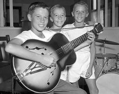 Remembering Robin (22 December 1949 – 20 May 2012) & Maurice Gibb (22 December 1949 – 12 January 2003)... the Bee Gees growing up in Brisbane