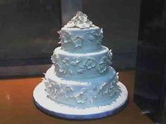 Wedding Cake Icing - http://www.talenthuntweb.com/wedding-cake-icing/