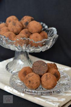 Trufe vegane (de post) - CAIETUL CU RETETE Mango, Muffin, Cookies, Breakfast, Desserts, Food, Manga, Crack Crackers, Morning Coffee