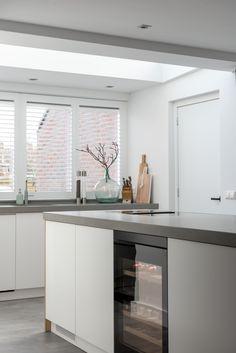 www.lifs.nl #lifs #interiordesign #interieuradvies #ontwerp #keuken #maatwerk #lichtplan #indeling Decor, Home And Living, Home Living Room, Interior, New Homes, Kitchen, Home Projects, Kitchen Time, House Interior