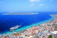 Aerial of Kralendijk and Klein Bonaire islet.