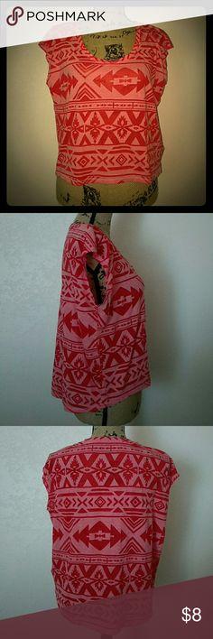 🐾 Aztec Print Crop Top Great condition.  No wear and tear. Arizona Jean Company Tops Crop Tops