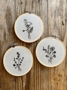 Etsy :: Your place to buy and sell all things handmade Hand Embroidered Black Line Flower Bouquet Hoop Art Wall Hanging Hand Embroidery Art, Flower Embroidery Designs, Floral Embroidery, Cross Stitch Embroidery, Embroidery Patterns, Embroidery Hoops, Line Flower, Hanging Wall Art, Couture