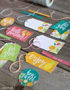 Printable Summer Gift Tags We have a new set of summer food wax, so we we decided to design adorable FREE summer gift tags to inspire your picnics and food gifts for the warmer months Food Gift Cards, Food Gifts, Food Tags, Teacher Gift Tags, Pineapple Gifts, Free Printable Gift Tags, Free Printables, Birthday Tags, Gift Labels