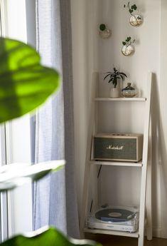 Handmade Home Decor, Diy Home Decor, Single Girl Apartment, Love Your Home, Aesthetic Room Decor, Apartment Design, Home And Living, Room Inspiration, Marshall Speaker