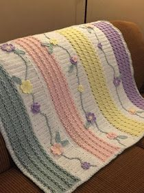 I love this unique pattern crochet baby blanket. The baby blanket just simply looks adorable in this colorful yarn combination. And I love the wave pattern where it reminds me of a rainbow promises (waves) over your baby! Crochet Afghans, Crochet Baby Blanket Beginner, Afghan Crochet Patterns, Baby Knitting, Crochet Blankets, Baby Girl Crochet Blanket, Crochet Girls, Free Knitting, Knitting Patterns