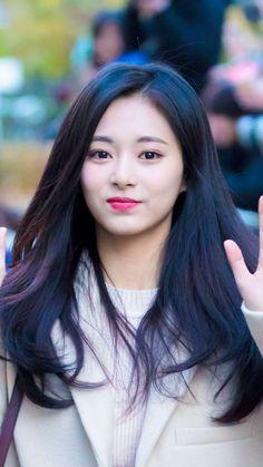 Nayeon, Twice Tzuyu, Twice Korean, Pretty Korean Girls, Chou Tzu Yu, Dahyun, Chinese Actress, Girl Bands, Beautiful Asian Women