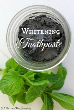 Looking for an all natural whitening toothpaste you can make yourself? Here is my whitening toothpaste recipe with an extra boost!! | areturntosimplicity.com Teeth Whitening Remedies, Natural Teeth Whitening, Natural Toothpaste, Charcoal Toothpaste, Diy Cosmetic, Toothpaste Recipe, Homemade Toothpaste, Home Beauty Tips, Diy Beauty