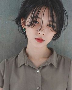 15 handsome short hairstyles and hairstyles that look good on round faces Girl Short Hair, Short Hair Cuts, Short Hair Styles, Short Hair Korean Style, Hair Inspo, Hair Inspiration, Cute Korean Girl, Hair Reference, Ulzzang Girl