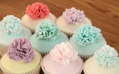 Carnations cupcakes