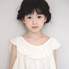 Beautiful Children, Beautiful Boys, Cute Kids, Cute Babies, Little Girl Ballet, Stylish Little Girls, Ulzzang Kids, Korean Babies, Asian Kids