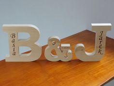 #dawandawalentynki. Drewniane inicjały 15 cm, dla zakochanych + GRAWER - -Woodoo- - Dekoracje ścienne
