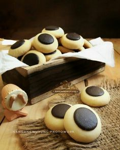 Cokies Recipes, Milk Cookies, Holiday Cookies, Cakes, Button, Cake Makers, Kuchen, Cake, Pastries
