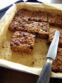 TynaTyna: Müsli řezy (bez lepku a laktózy) Healthy Cake, Ema, Food Cakes, Muesli, Pavlova, No Bake Cake, Great Recipes, Banana Bread, Cake Recipes