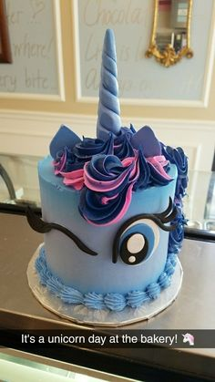 My little pony unicorn cake. Rainbow Dash esque
