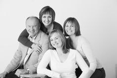 nice simple pose, family with older children picture, family photo idea